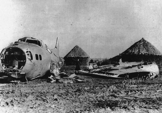 B17 bomber crash at Nelson Park 1945