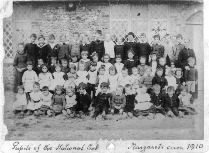 Village school pupils 1910